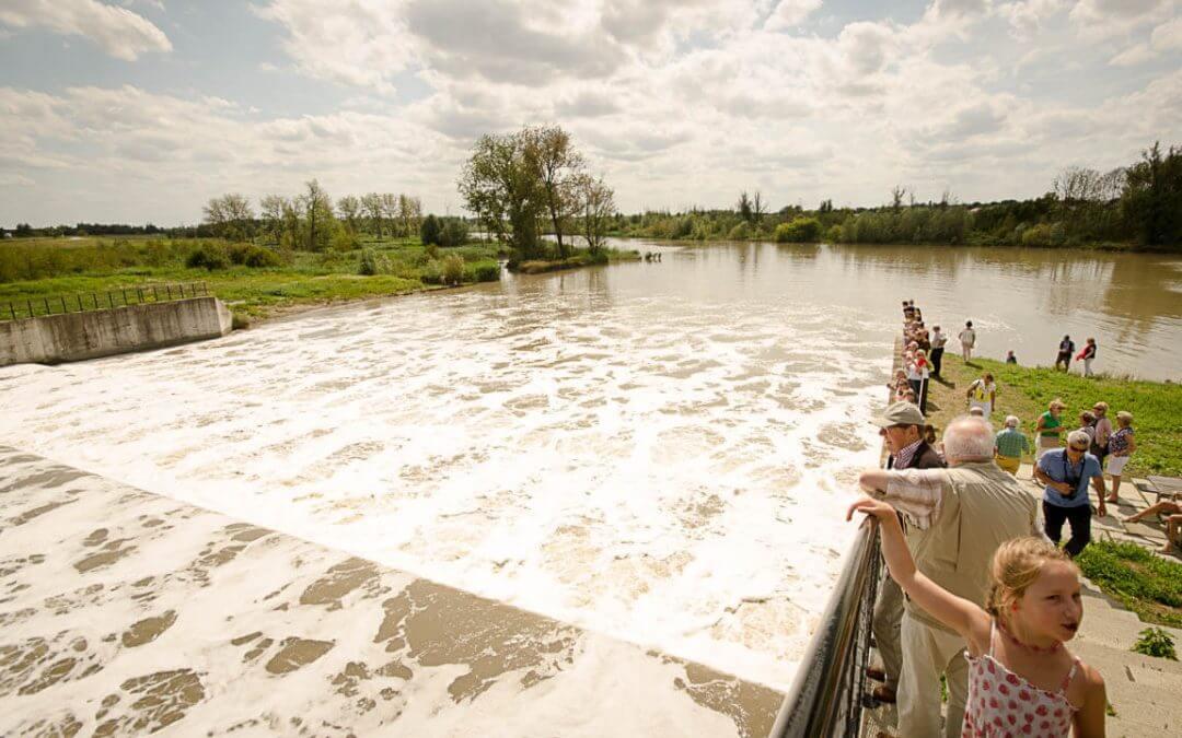 11-12-15 Augustus: Bezoek de Watervallen van Kruibeke met de stiltram met heerlijk aperitief en hapje van de streek